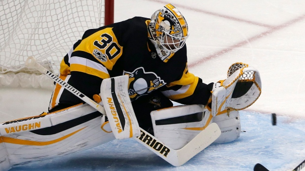Penguins goalie Matt Murray out with a concussion, Jarry recalled