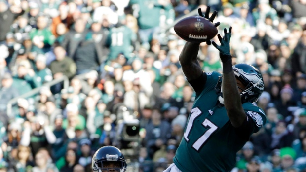 Alshon Jeffery to stay with Philadelphia Eagles