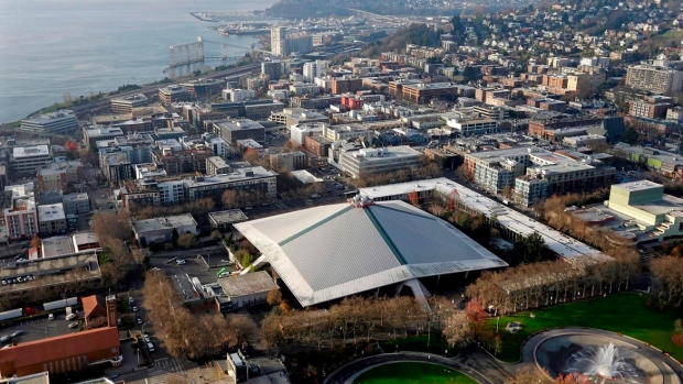 Bettman-says-nhl-will-consider-seattle-expansion-bid-article-image-0