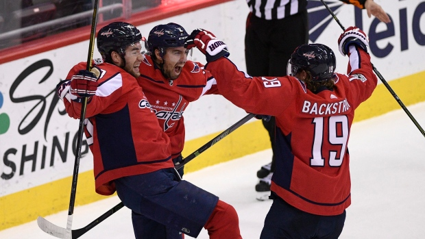 Washington-capitals-celebrate-goal